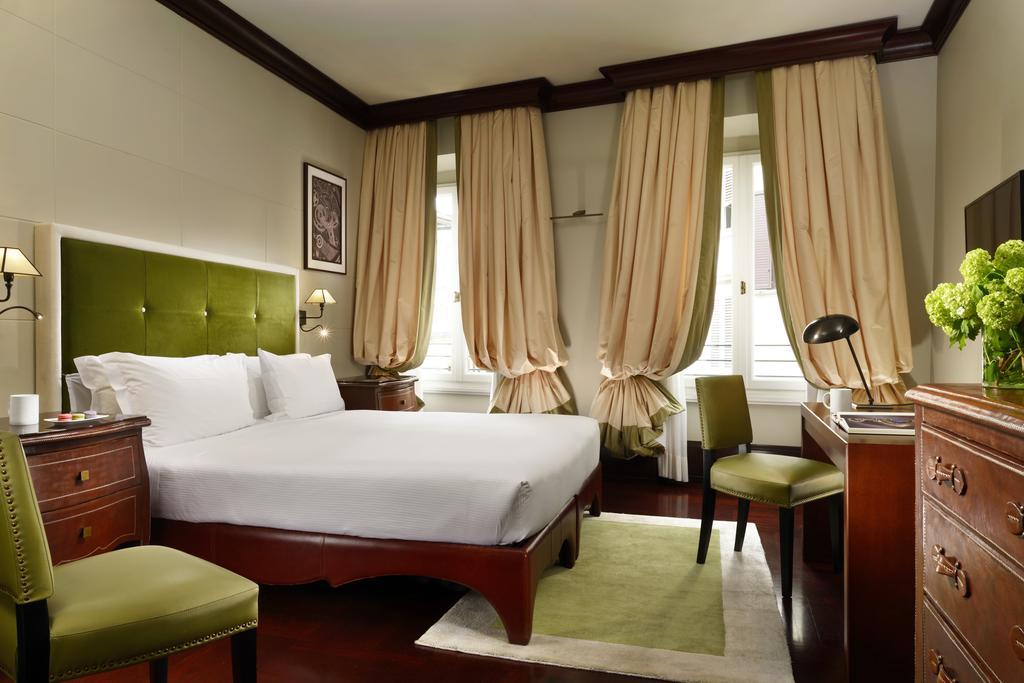 room- green